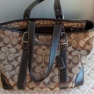 COACH purse handbag classic model brown tan